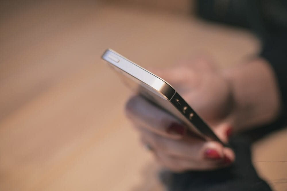 benefit of using tech for your health - smart use of phone